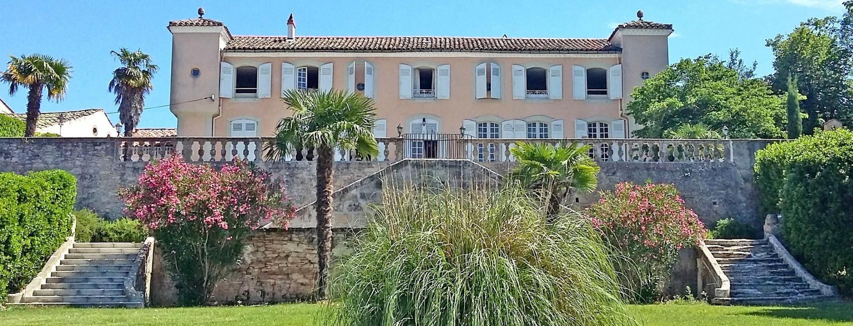 Bienvenue au Château de Saint-Jean-des-Plats